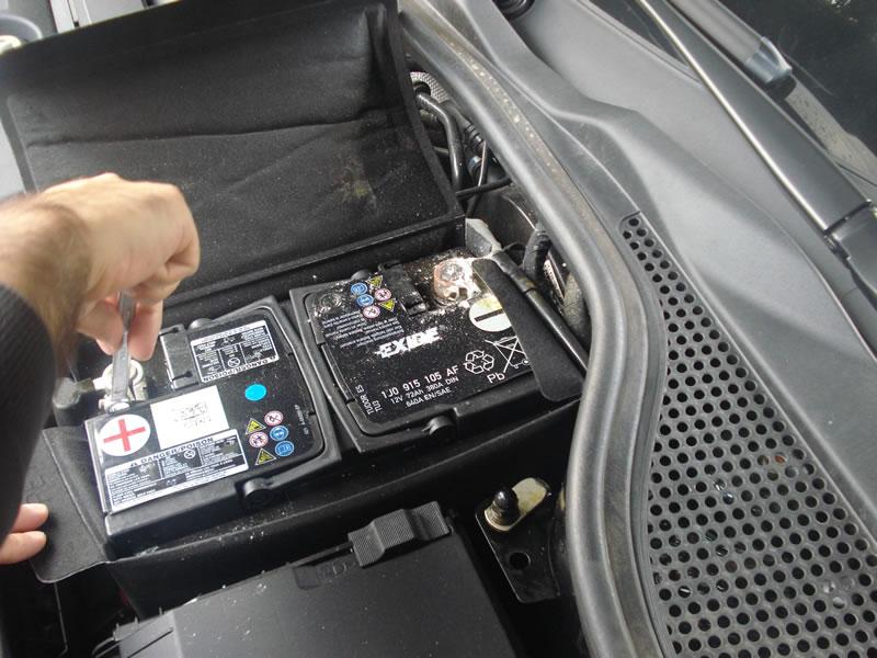 volkswagen polo batteria